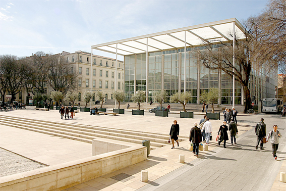 Nîmes, Le Carré d'Art de Sir Norman Foster photo L. Martorel.jpg
